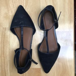 Old Navy t-strap flats with faux snake print